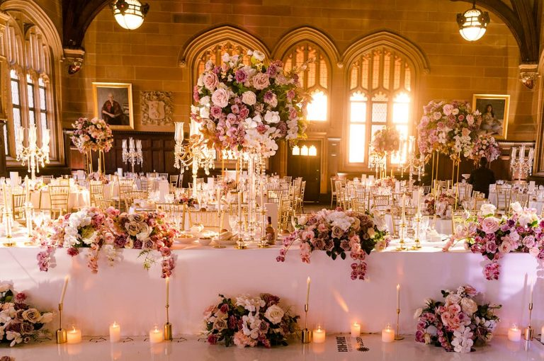 fresh-flower-wedding-centrepiece